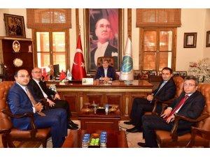 Kaymakamlardan Başkan Can'a ziyaret