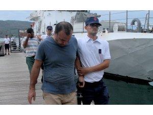 Seydikemer'de 29 kaçak ile 7 organizatör yakalandı