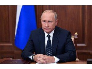 Putin, Rusya'da emeklilik yaşının artmasına karşı çıktı