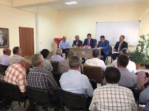 AK Parti Milletvekili Mustafa Kedirli, Akpınar ilçesinde muhtarları dinledi