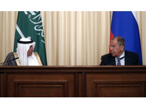 """Lavrov: """"ABD ile İdlib görüşmeleri devam ediyor"""""""