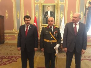 İstanbul Valiliği'nde Zafer Bayramı tebrik töreni gerçekleştirildi