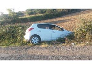 Otomobil şarampole girdi: 1 yaralı