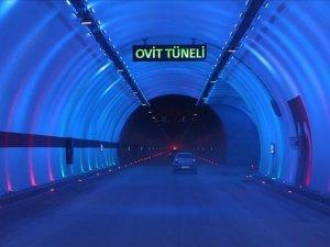 Ovit Tüneli'nde bayram yoğunluğu