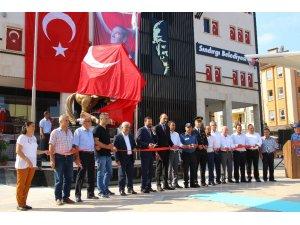 30 Ağustos kutlamalarında Atatürk heykelinin açılışı yapıldı
