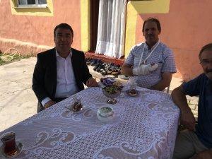 Başkan Toksoy acemi kasapları ziyaret etti
