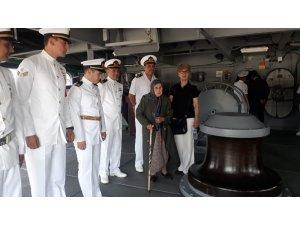 Büyük zaferin 96. yıldönümünde Donanma Komutanlığı kapılarını vatandaşlara açtı