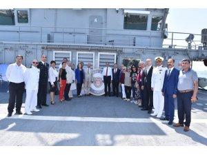 Arama kurtarma gemisi halkın ziyaretine açıldı