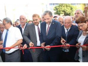 AK Parti'li Özel İskenderun'da iletişim ofisinin açılışını yaptı