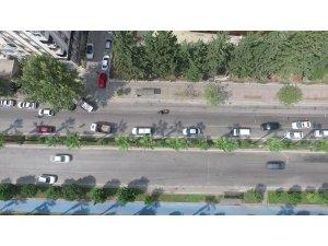 Kuralsız sürücüleri drone yakaladı, polis ceza yazdı