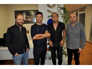 Ünlü rock grubu Zakkum Diyarbakır'da konser verdi