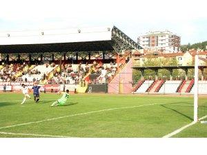 TFF 2. Lig: Kastamonuspor 1966: 3 - Ankara Demirspor: 1