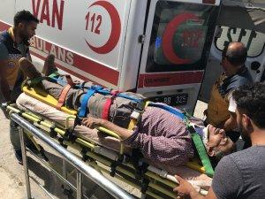 Muradiye'de Kaza 6 yaralı