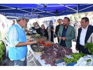 Köylü ürünler tezgahlarına vatandaşlardan yoğun ilgi