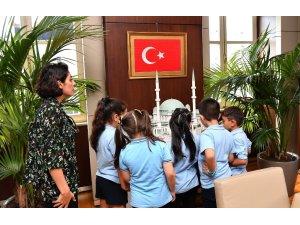 Minik öğrencilerden Başkan Demircan'a ziyaret