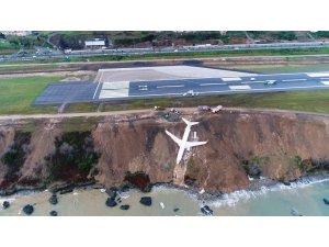 Trabzon'da pistten çıkan uçağın Yomra ilçesine nakli için geri sayım başladı
