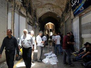 İran'da alışverişte kupon dönemi