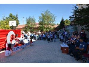 Darende ilçesinde İlköğretim Haftası etkinliği