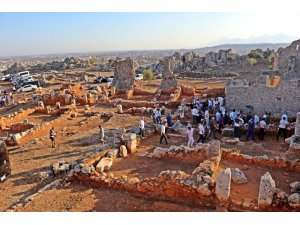 Antalya'da 2 bin 200 yıllık zeytinyağı şehri, gün yüzüne çıkartıldı