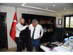 Türkmenlerden Başkan Günaydın'a selam ve teşekkür