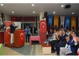 Aydın Şengül, Karabağlar ve Konak'ta partililerle buluştu