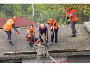 TBMM Sivil Savunma ekibine 'Doğal Afetlerde Arama Kurtarma Eğitimleri' verildi