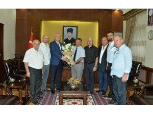Turizmciler Vali Yazıcı'yı ziyaret etti
