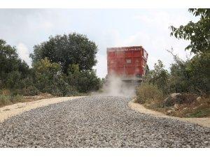 Erdemli Belediyesi asfalt çalışmalarına devam ediyor