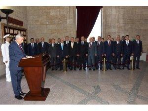 TESK Genel Başkanı Palandöken Anıtkabir'i ziyaret etti