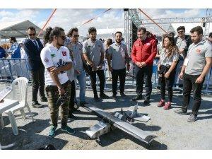 TEKNOFEST'te İnsansız Hava Araçları Yarışması nefes kesti