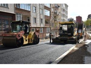 Çorlu'da Erdal İnönü Caddesi asfaltlandı