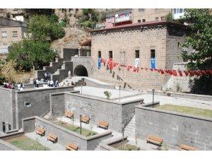 235 yıllık tarihi Alemdar Camii ibadete açıldı