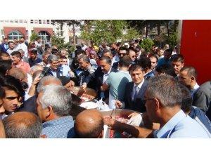 Erciş belediyesinden aşure günü etkinliği