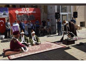 Burdur'da şed kuşanma töreni