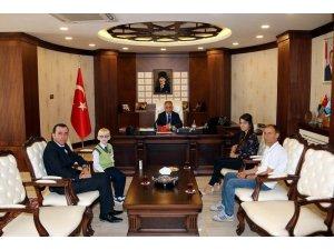 Görme problemli 3. sınıf öğrencisi 3 kez Türkiye birincisi