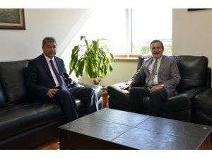 Başkan Ataç'tan Kaymakam Yılmaz'a ziyaret