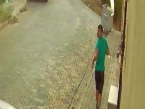 Hırsız, can korkusundan karakola sığındı
