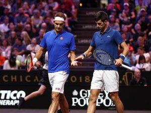 Federer-Djokovic çifti ilk maçını kaybetti