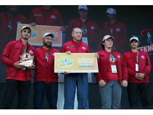 """Cumhurbaşkanı Erdoğan'dan AVM işletmecilerine Türk Lirası uyarısı"""""""