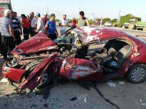 Otomobilde sıkışan sürücüyü Cankur kurtardı