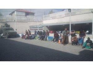 Özalp'ta 46 kaçak göçmen yakalandı