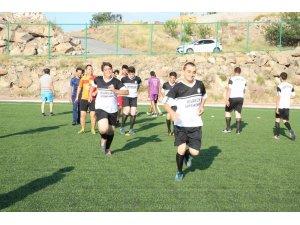 Melikgazi'den Spor Kulüplerine futbol sahası tahsisi