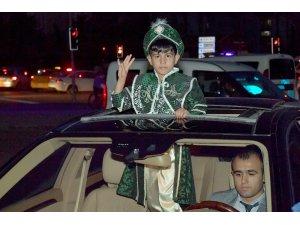 Başkan Tuna makam aracını şehit çocuğuna tahsis etti