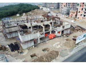 Çerkezköy yarı olimpik yüzme havuzu inşaatı devam ediyor