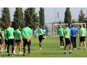 Akhisarspor, Standart Liege maçı hazırlıklarını sürdürüyor