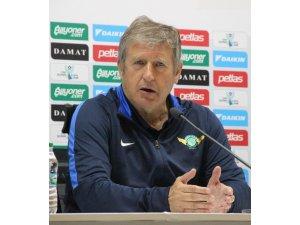Süper Lig'de teknik direktör değişikliği erken başladı