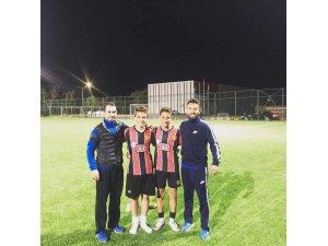 1308 Osmaneli Spor'un 2 futbolcusu Eskişehirspor'a transfer edildi