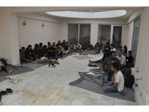 Fethiye'de iki ayrı yerde 117 kaçak göçmen Yakalandı