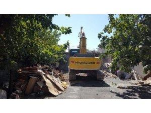 Ulucami Mahallesinde kentsel dönüşüm yıkımı