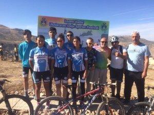 Dağ bisiklet yarışında Adıyamanlı sporcular derece ile döndü